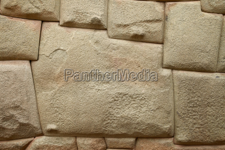 inca stone of 12 angles in
