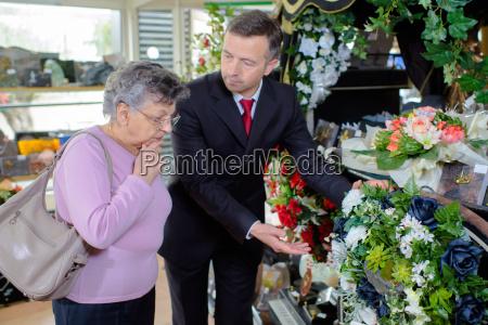 choosing a bouquet