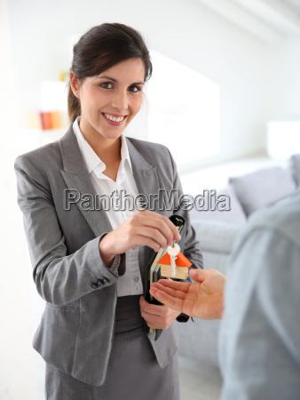 donna persone popolare uomo umano casa