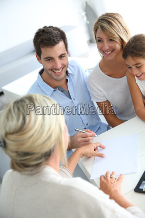 family meeting real estate agent for