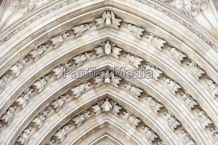 details of barcelona cathedral in gothic