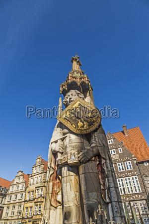 famous roland statue at market place