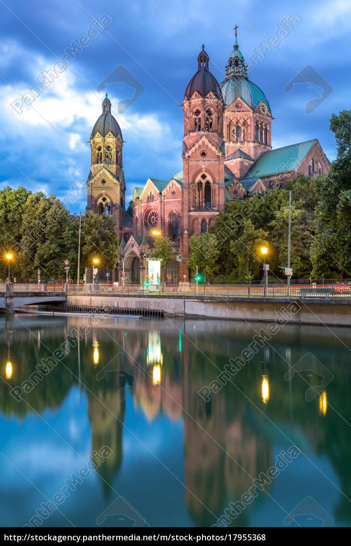 st., lukas, pink, church, munich - 17955368