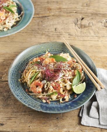comida interior asia camaron serie fruta