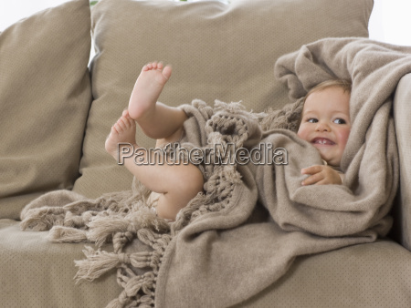 a young child sitting on a
