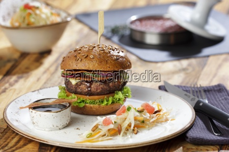 us style beef burgers with honey