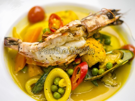 seafood soup with peas and chilli