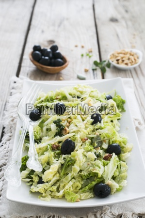 savoy cabbage salad with black olives
