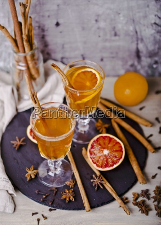 hot apple punch with blood oranges