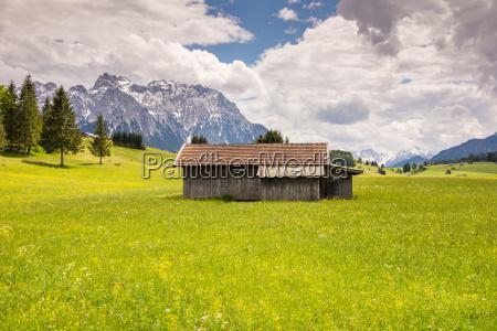 alpine barn in the karwendel mountain