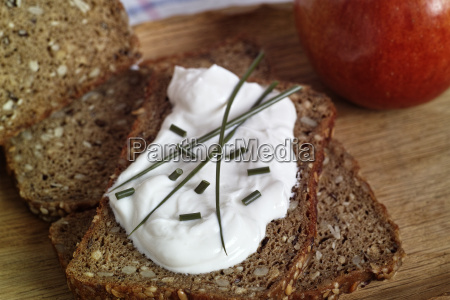 low carb bread with curd and
