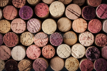 wine corks background horizontal