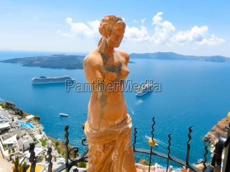 santorini greece statue of aphrodite