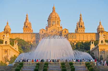 magic fountain and palace of montjuic