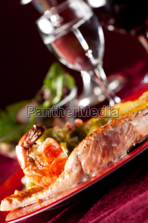 salmon filet with red peppercorns and