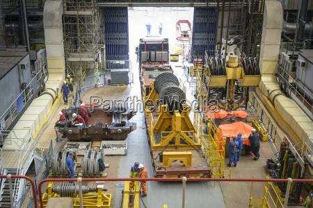 turbine on truck in turbine hall
