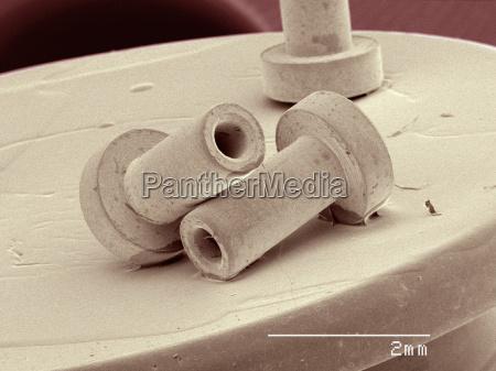 coloured sem of rivets