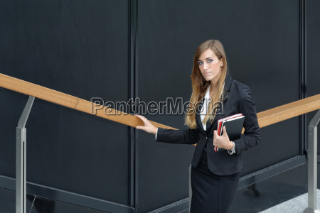 mulher ano de construcao feminino retrato