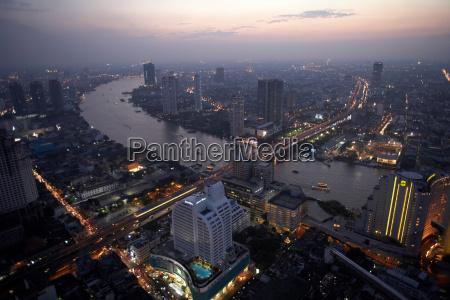 chao praya river running through bangkok