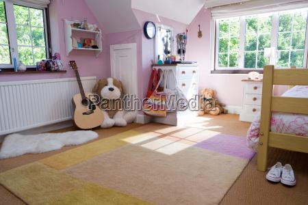tidy room