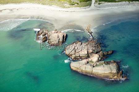 rocky coastline newport county rhode island