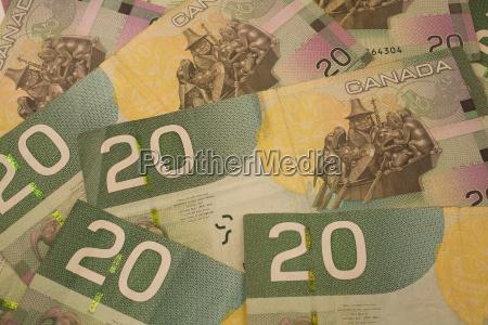 canadian 20 dollar banknotes