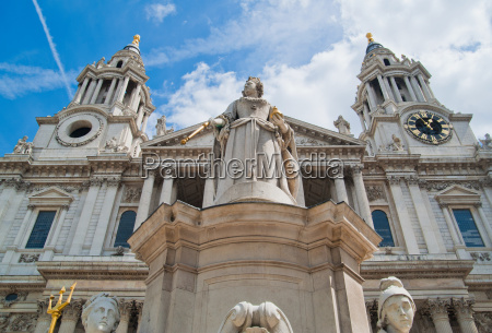 low angle view of st pauls