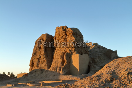 the deffufa lehmburg kerma sudan