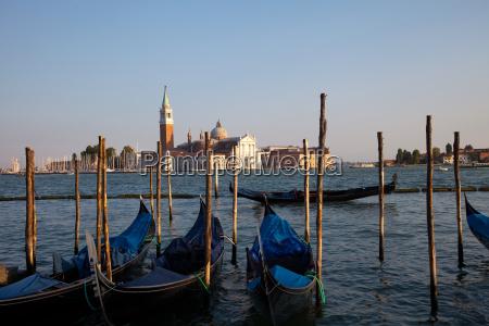 gondolas and giudecca san giorgio maggiore