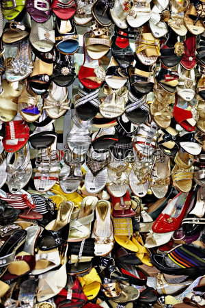 womens shoes for sale at market