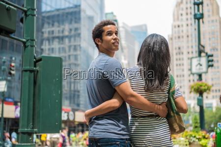 couple sightseeing