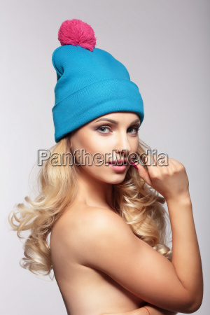 portrait woman in hat