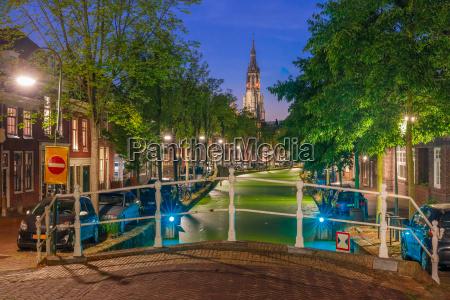 canal and nieuwe kerk church delft