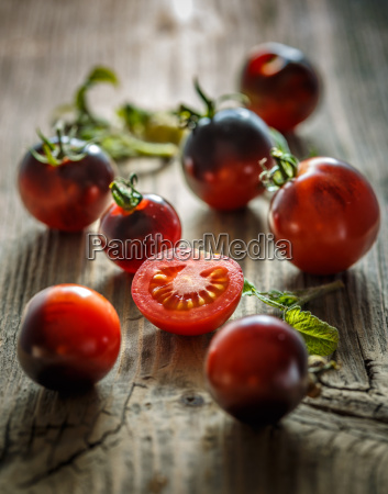 juicy black tomatoes