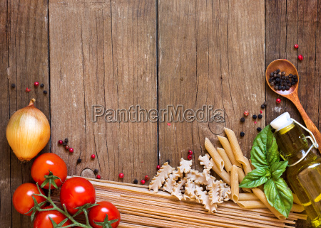 pasta tomatoes onion olive oil and