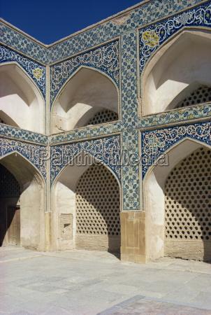 mezquita del viernesisfahaniranoriente medio