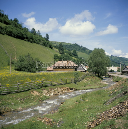 seitin village apuseni mountains carpathian mountains