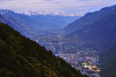 vallee du rhone and berner alpen