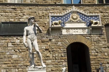 statue of david palazzo vecchio on