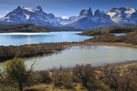 lago pehoe and cordillera del paine