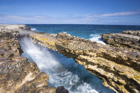 waves in the natural arches of