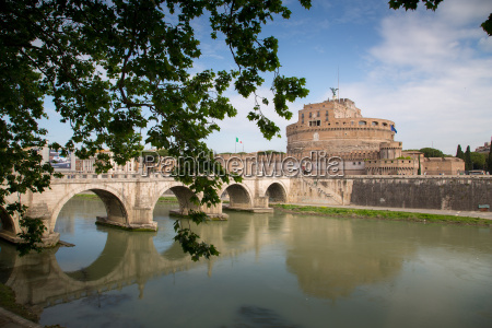 river tiber and castel sant angelo