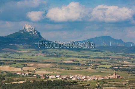 small village in la rioja with