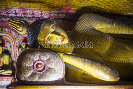 reclining buddha in cave 3 great