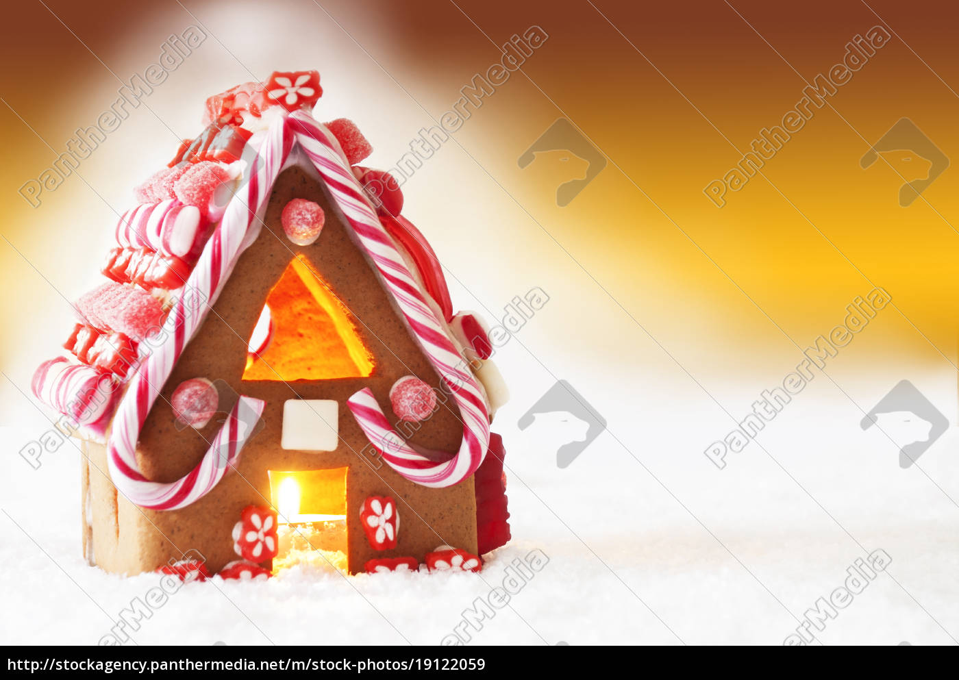 gingerbread, house, , golden, background, , copy, space - 19122059