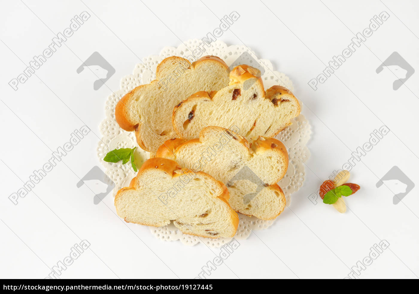 slices, of, czech, christmas, bread - 19127445