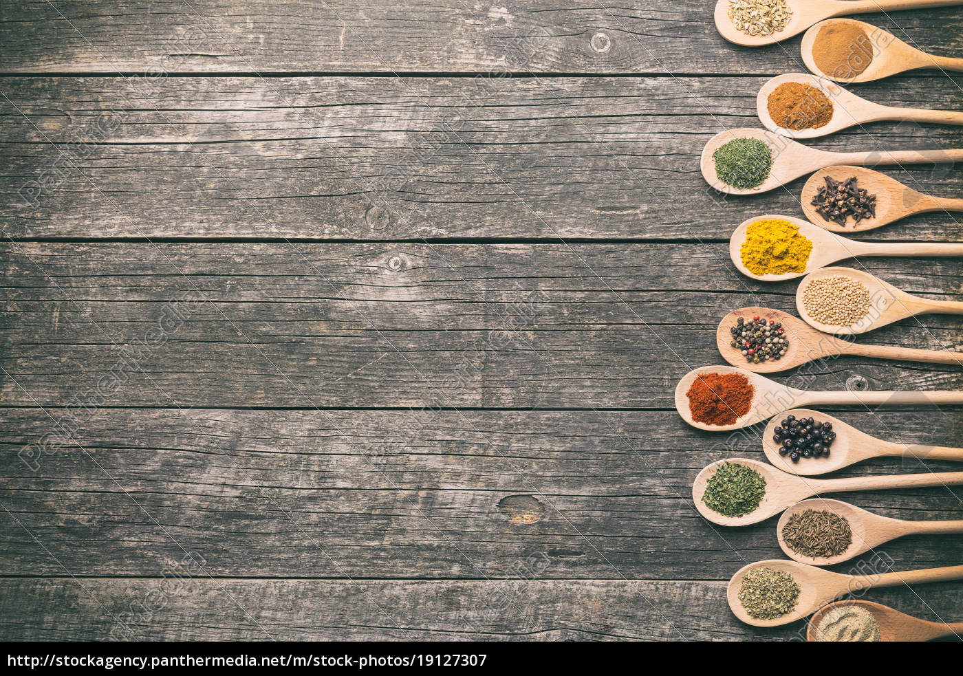 various, spices, in, wooden, spoons. - 19127307