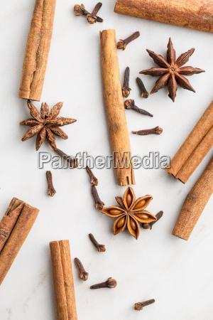 cinnamon clove and anise star