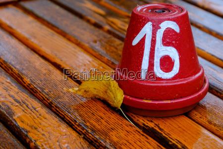 identification table number biergarten