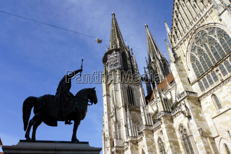monument to king ludwig of bavaria